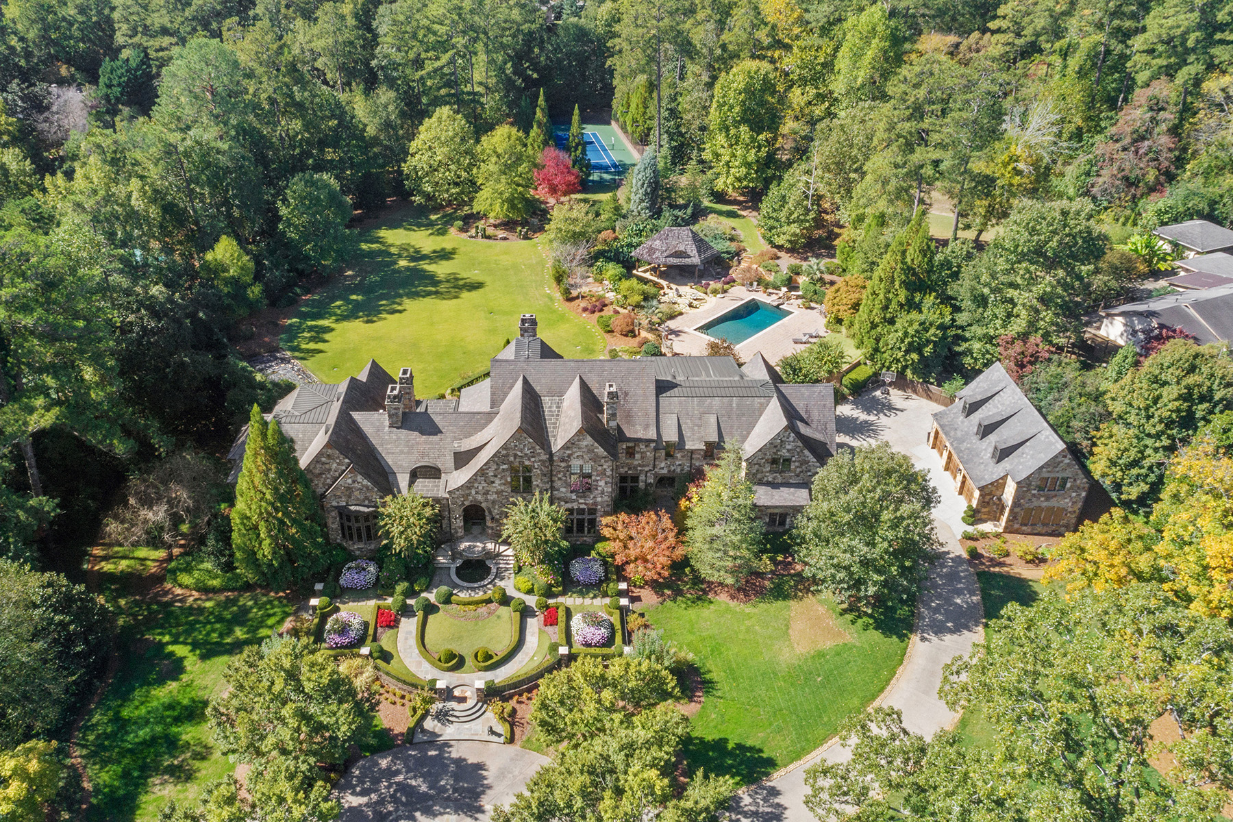 Single Family Homes for Sale at Spectacular Gated Estate Beautifully Perched On 4.2 Perfectly Flat Acres 6184 Riverside Drive Atlanta, Georgia 30328 United States