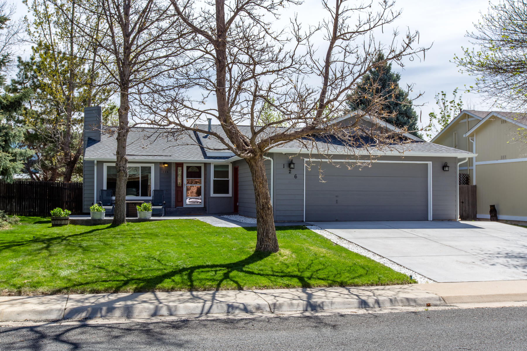 Single Family Homes for Sale at Enjoy All That Louisville Has To Offer 126 Lois Cir Louisville, Colorado 80027 United States