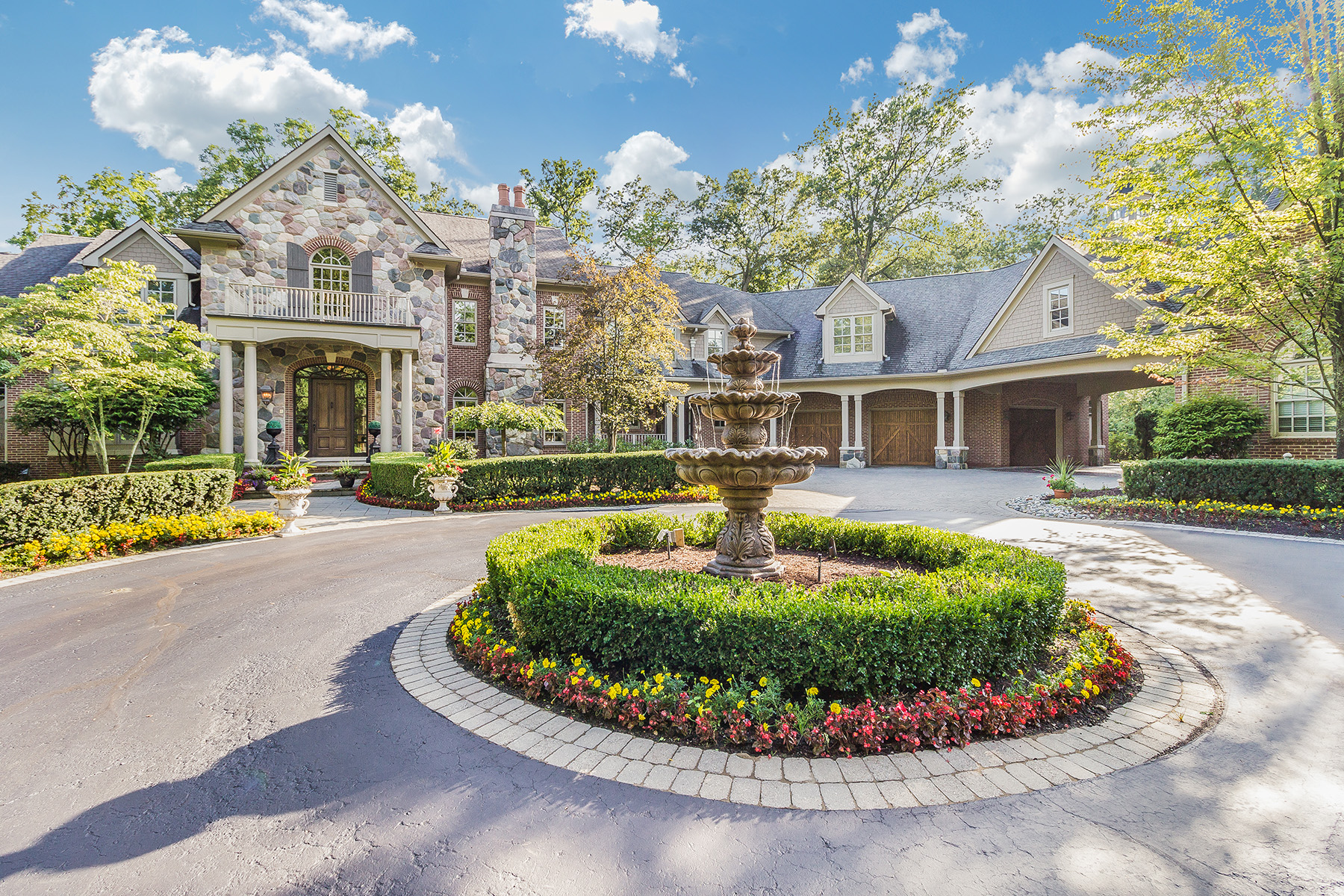 Single Family Homes for Active at Bloomfield Hills 1515 Lone Pine Road Bloomfield Hills, Michigan 48302 United States