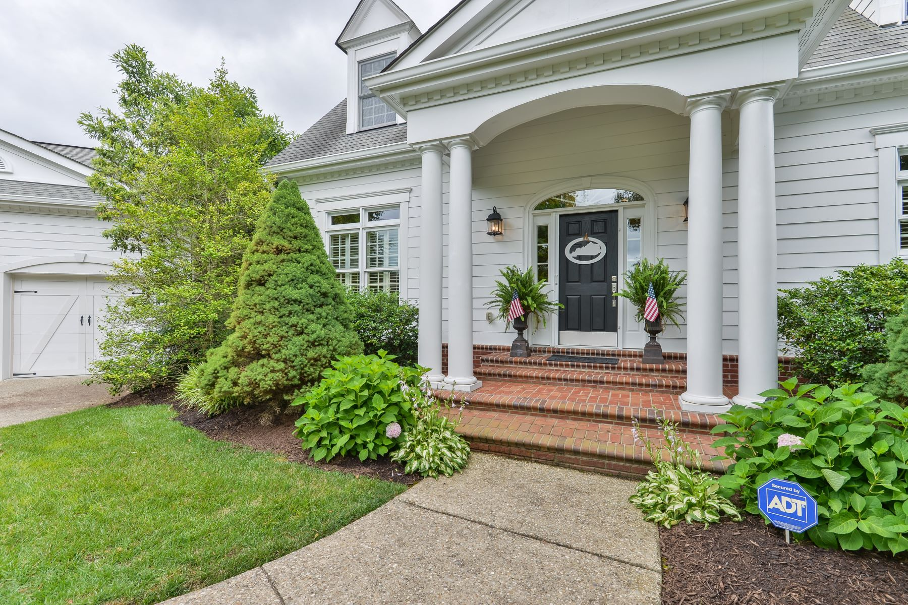 Additional photo for property listing at 6900 Brown Court  Crestwood, Kentucky 40014 United States