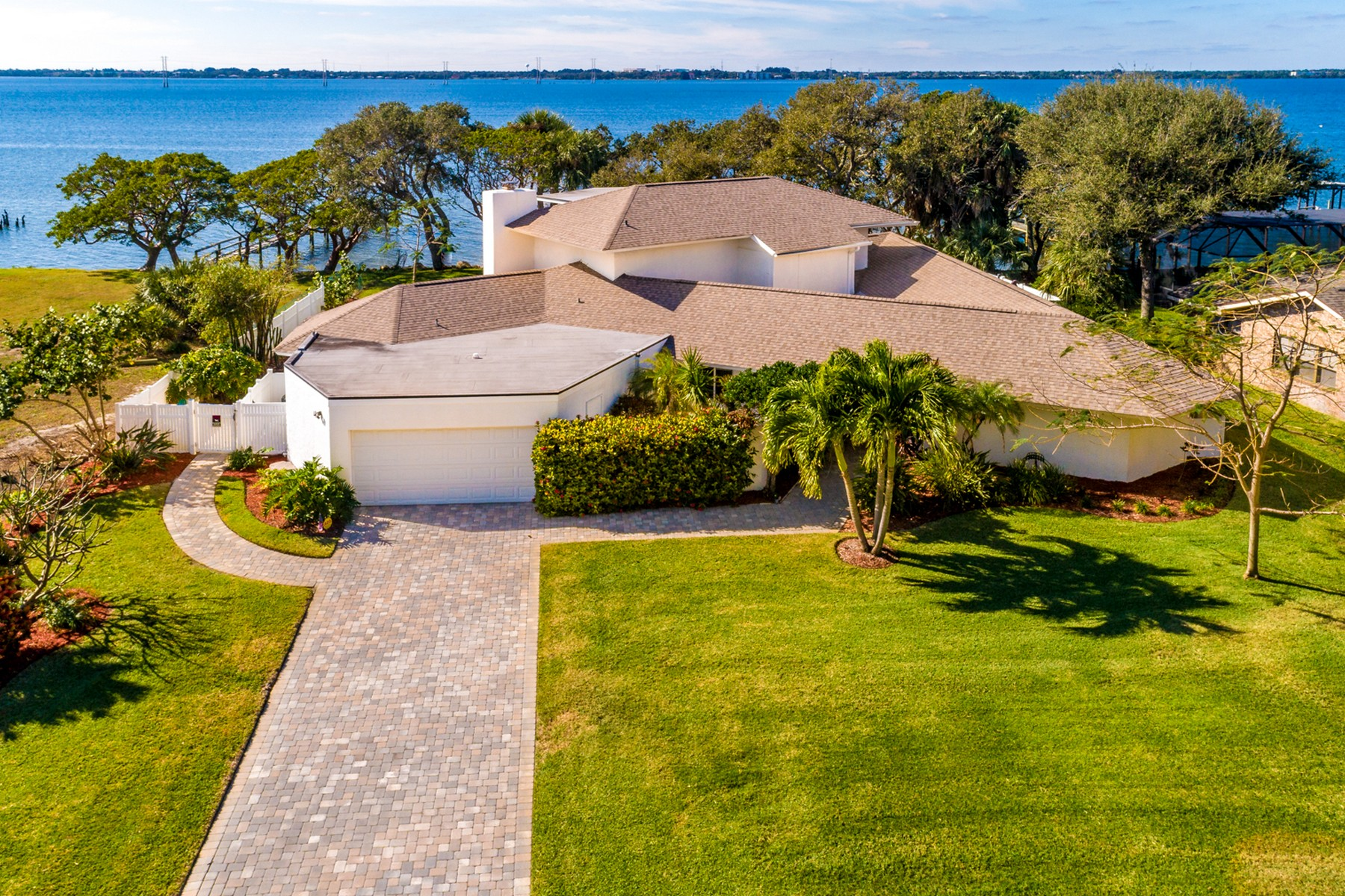 Single Family Homes for Sale at Large Custom Built Waterfront Pool Home 2160 S River Road Melbourne Beach, Florida 32951 United States