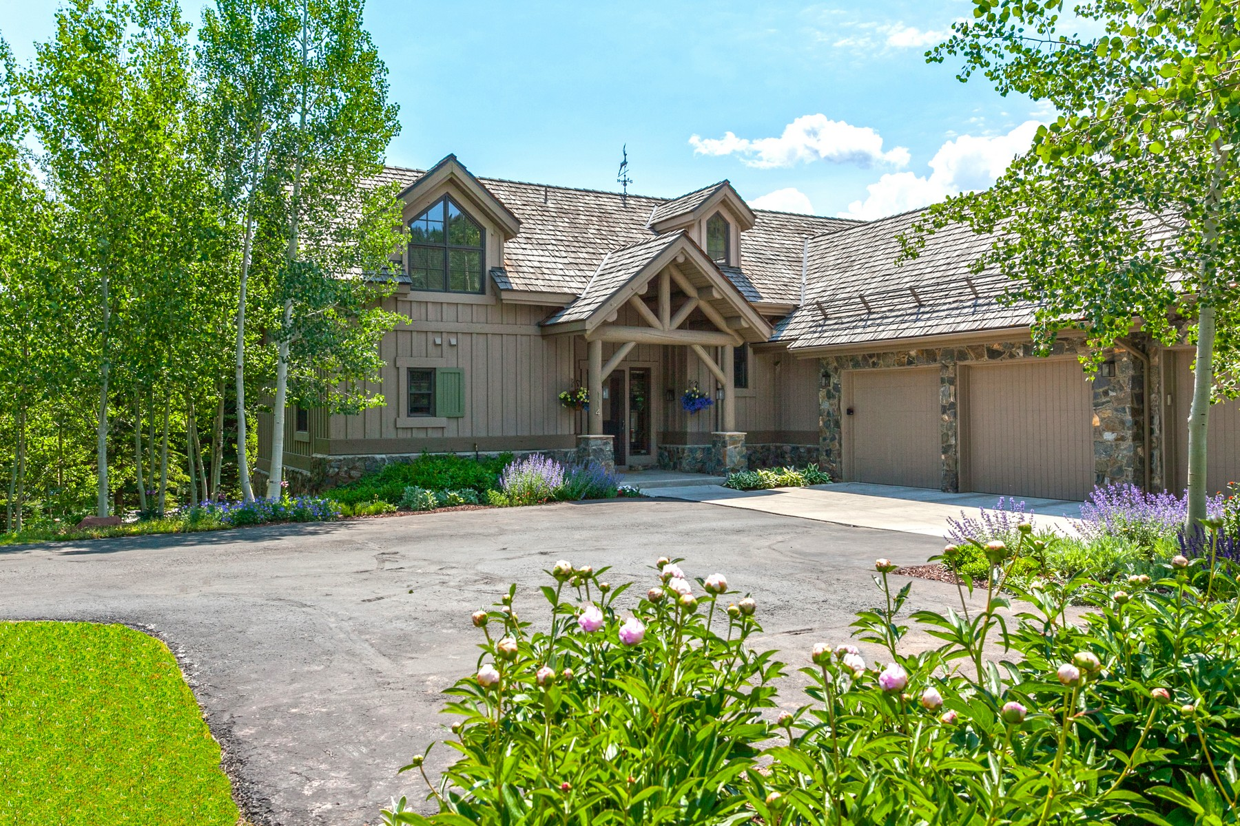 Single Family Home for Active at Cordillera Golf Course Living 114 Bermuda Drive Edwards, Colorado 81632 United States
