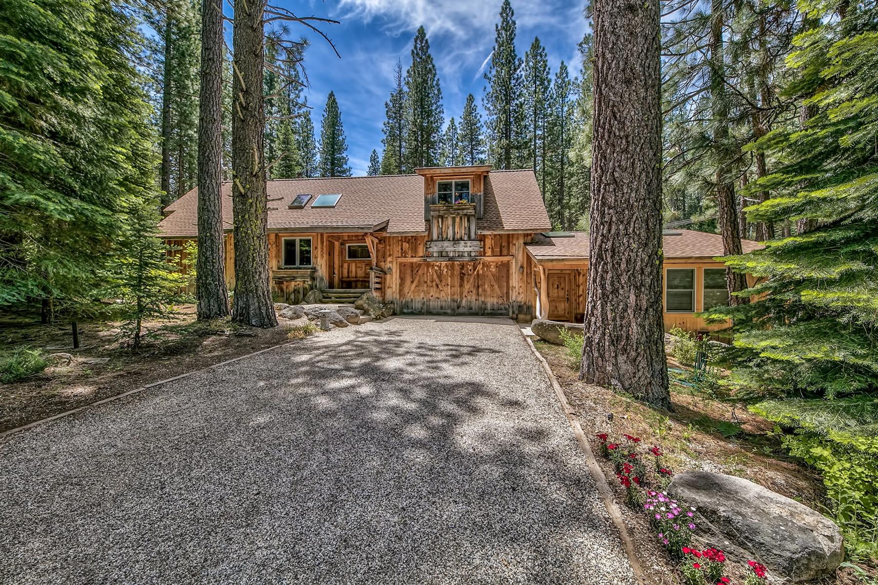 独户住宅 为 销售 在 17 Apache Trail, Graeagle, CA 17 Apache Trail Graeagle, 加利福尼亚州 96103 美国