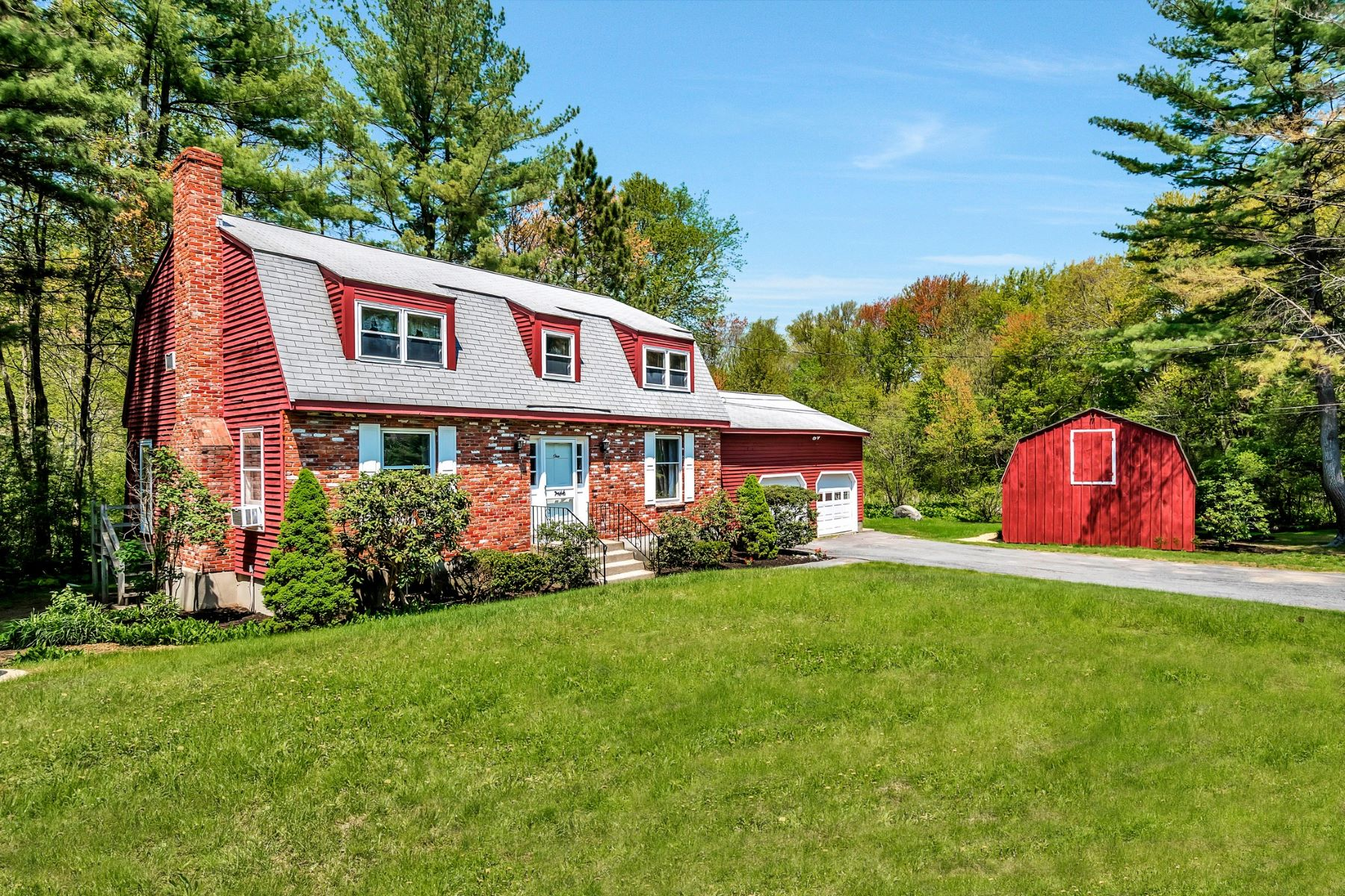 Single Family Home for Sale at Colonial Set on 6.97 Tranquil Acres 1 Seneca Court Acton, Massachusetts, 01720 United States