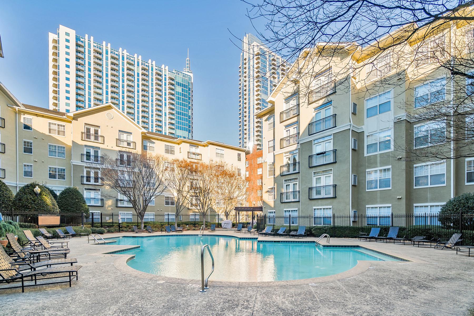 شقة بعمارة للـ Rent في Cornerstone Village Rental 800 Peachtree Street NE Unit 8417, Atlanta, Georgia, 30308 United States
