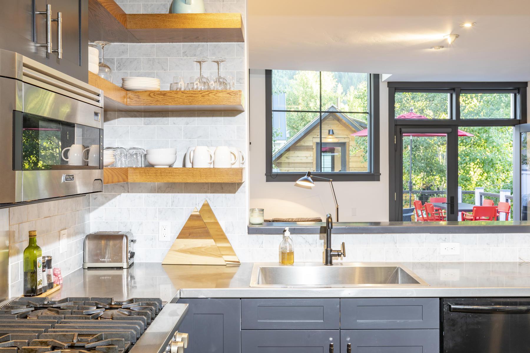 Additional photo for property listing at  Telluride, Colorado 81435 Estados Unidos
