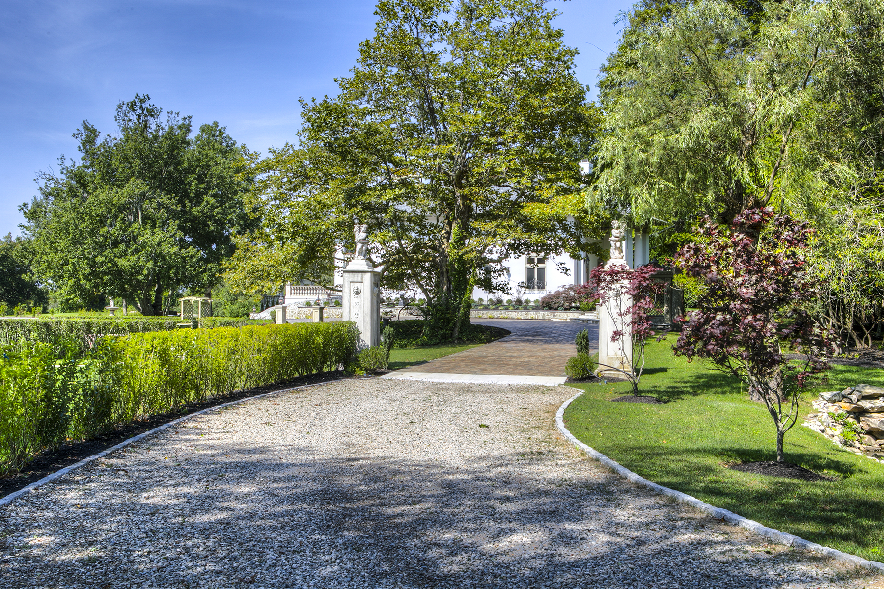 Additional photo for property listing at Casa del Sole 63 Hammersmith Road Newport, Rhode Island 02840 United States