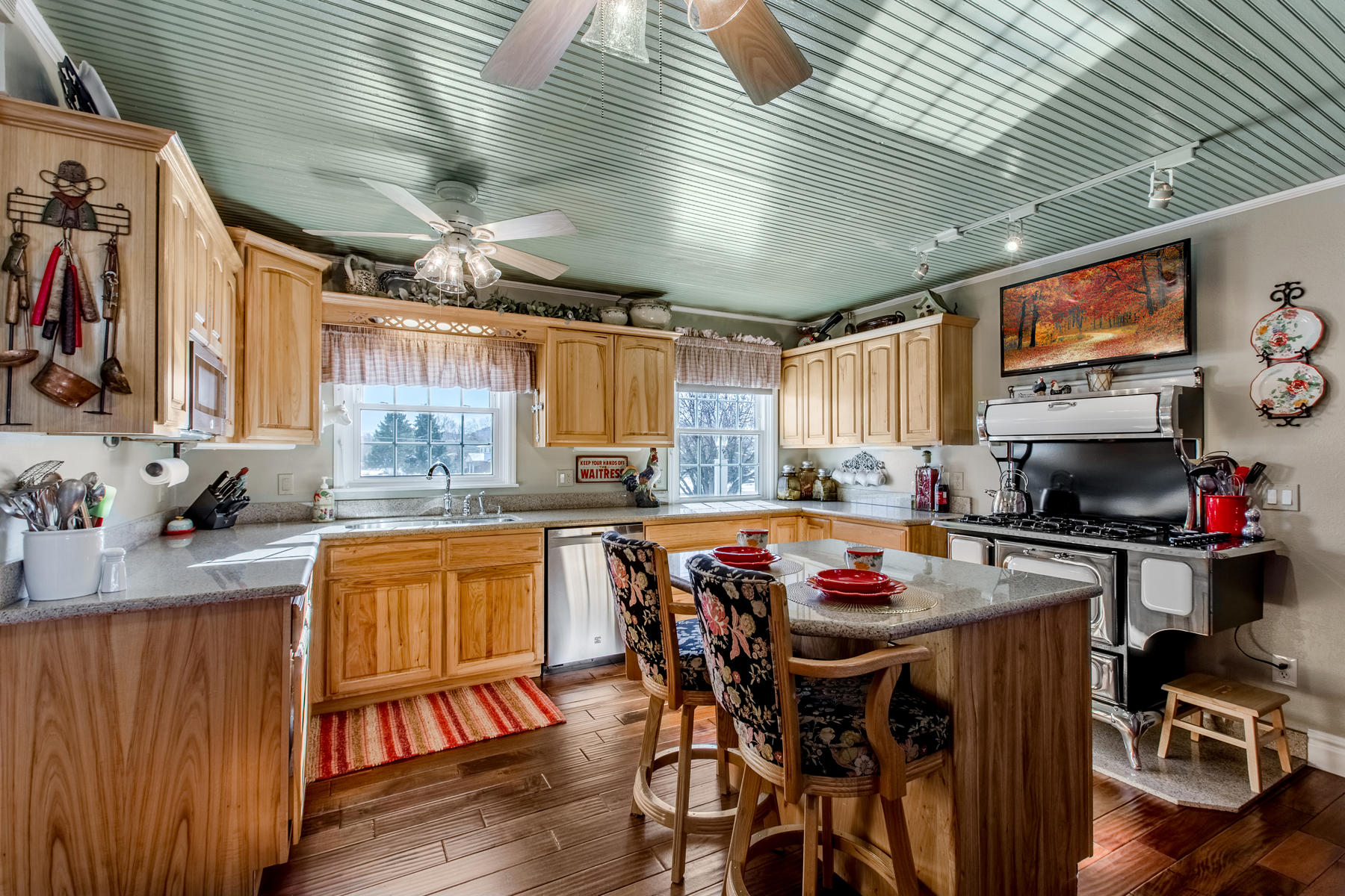 Additional photo for property listing at A Piece Of Colorado Heaven 15915 W 54th Ave Golden, Colorado 80403 United States