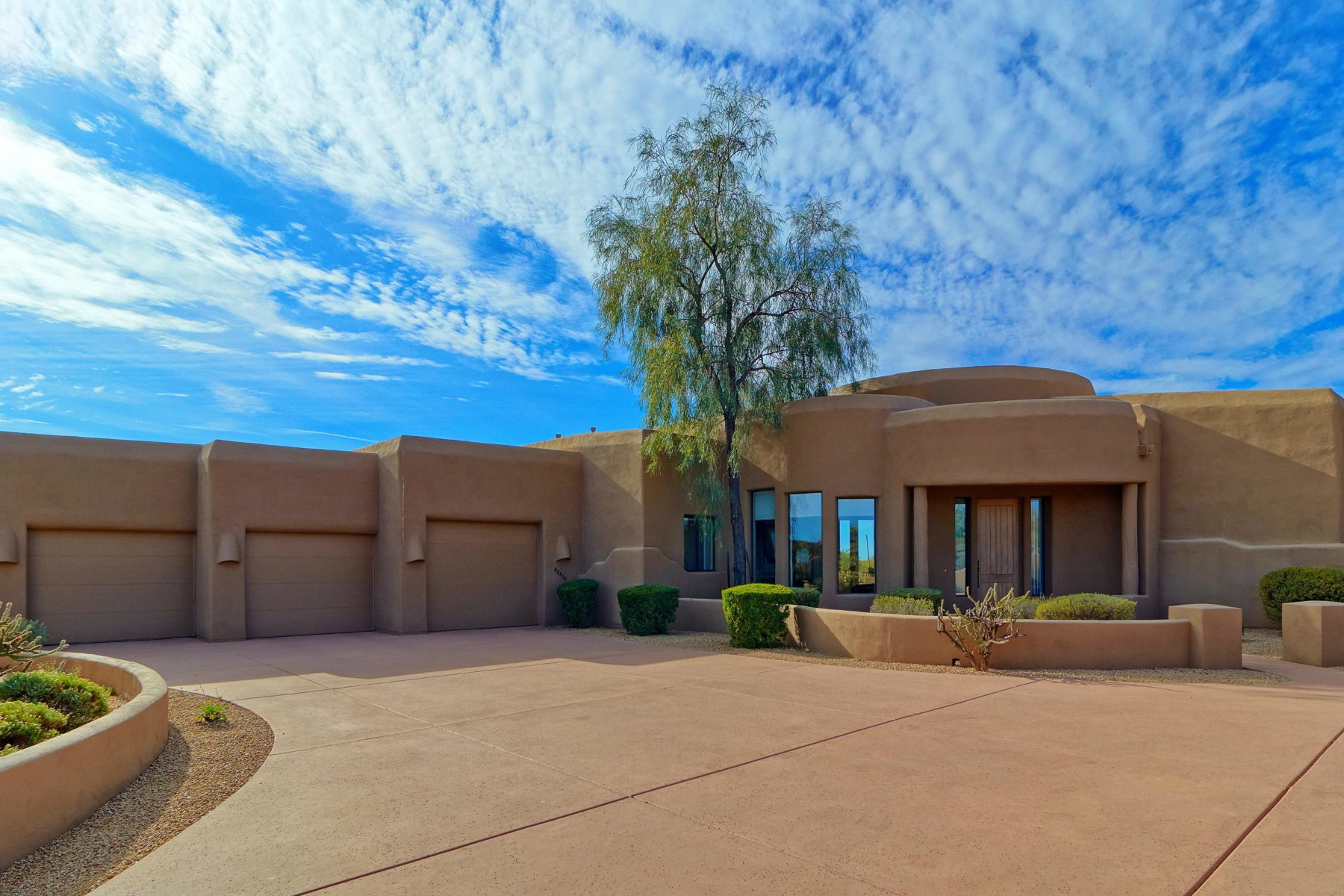 Single Family Home for Rent at Fabulous custom home in a private setting 40816 N 108TH WAY, Scottsdale, Arizona 85262 United States