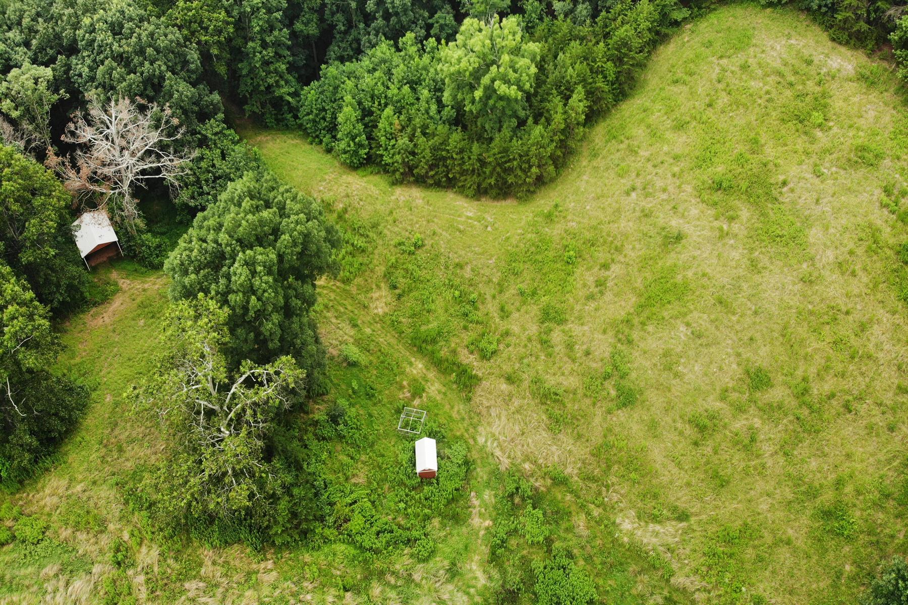 Terreno por un Venta en Equestrian Farm Acreage 398 Barefoot Road, Lula, Georgia 30554 Estados Unidos