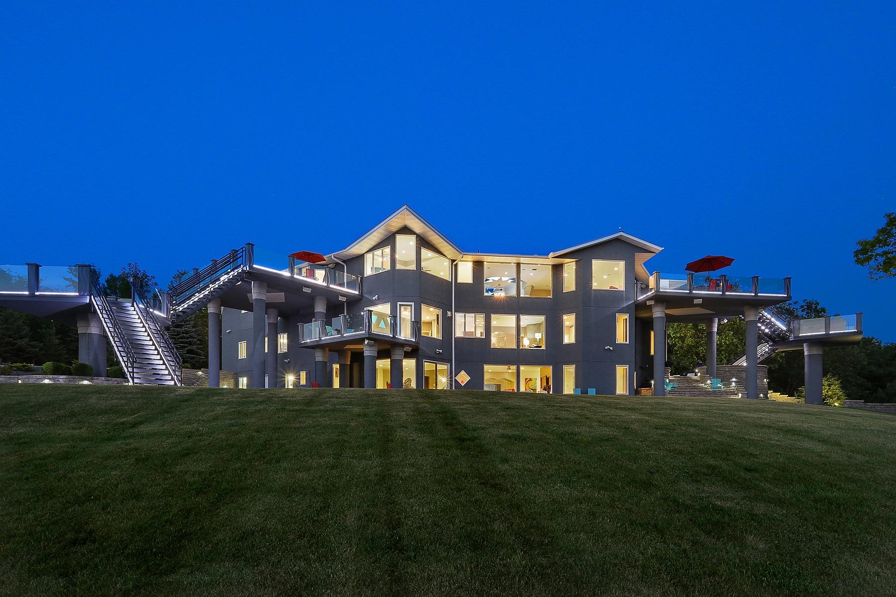 Частный односемейный дом для того Продажа на Views of the Bay 3477 Bay Settlement Road, Green Bay, Висконсин, 54311 Соединенные Штаты