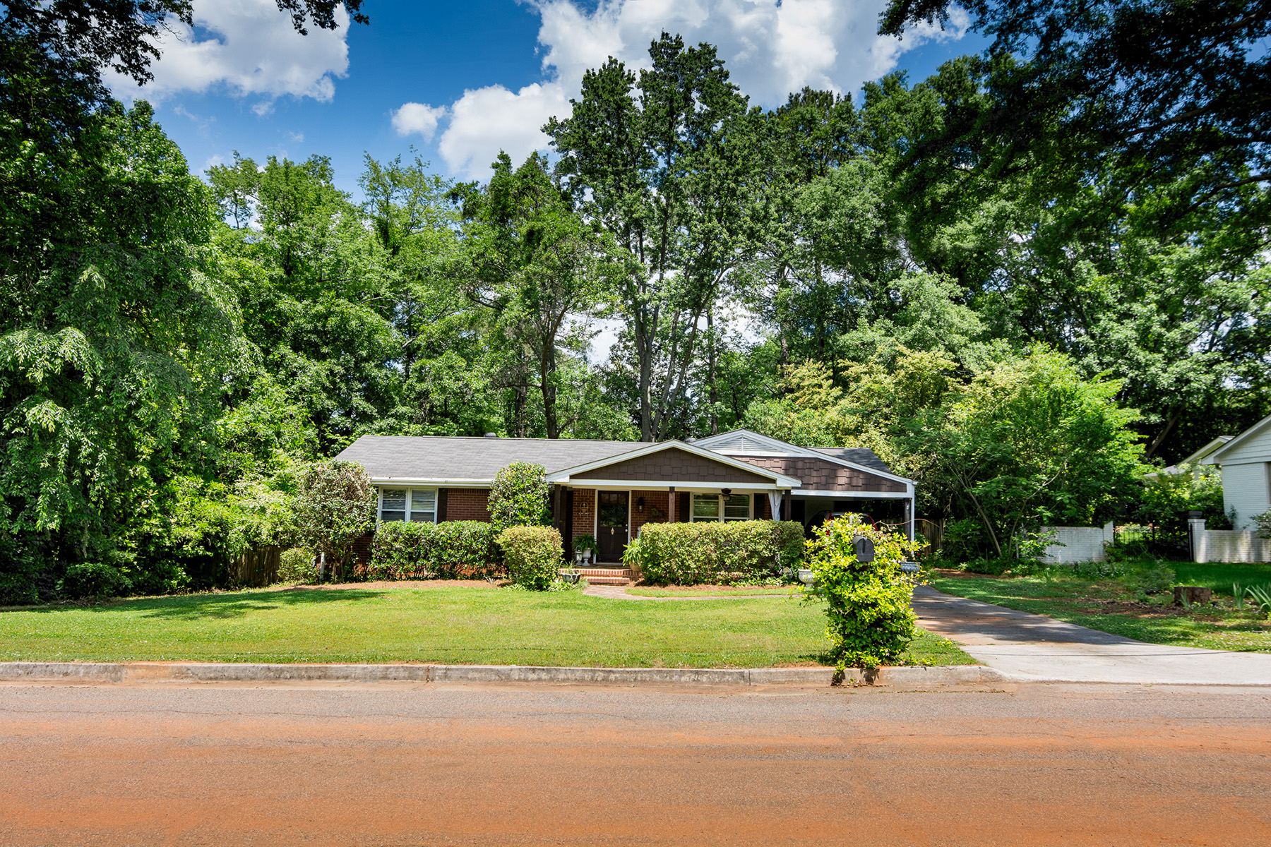 Single Family Home for Sale at Ready For Your Renovators And Builders in Smyrna Heights! 1239 Hayes Dr Smyrna, Georgia 30080 United States