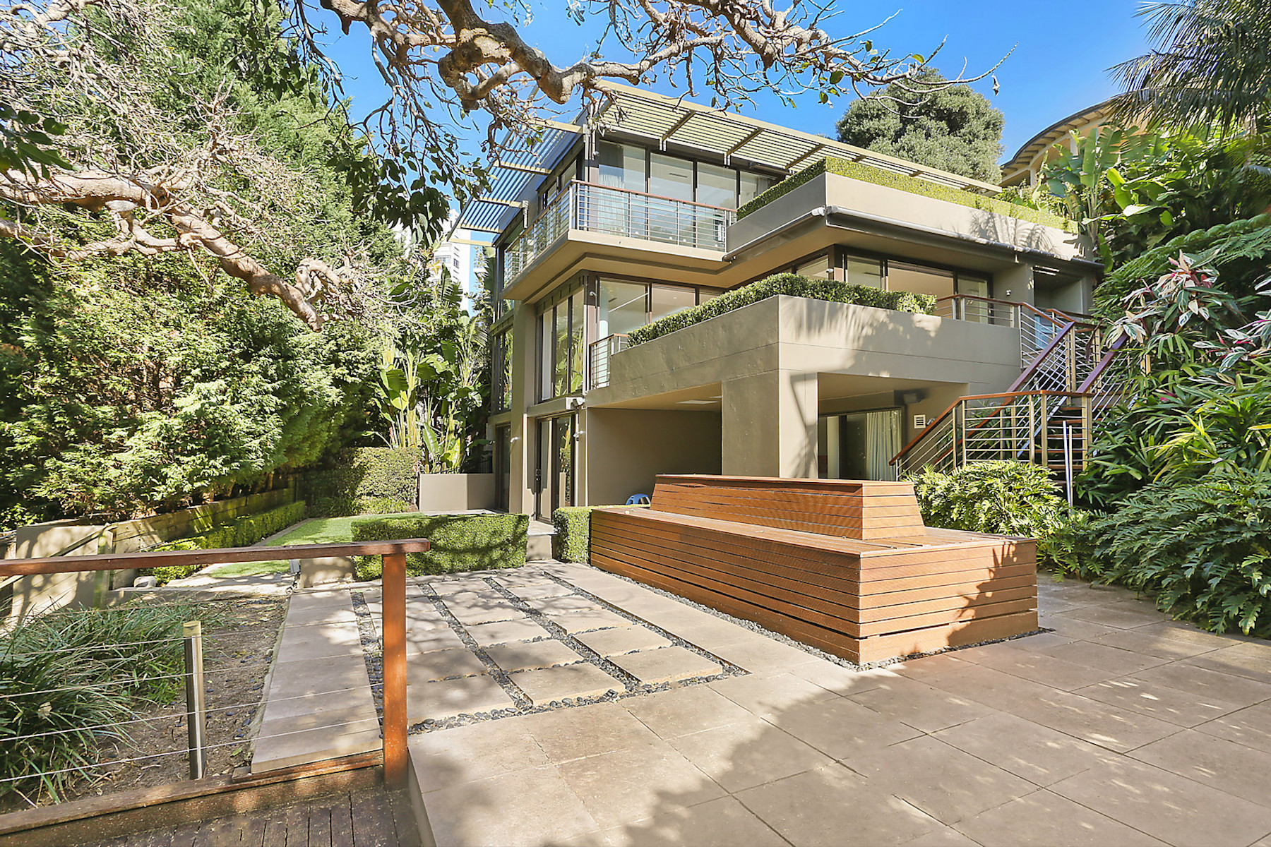 Single Family Homes for Sale at Eastbourne Road, Darling Point Eastbourne Road Sydney, New South Wales 2027 Australia