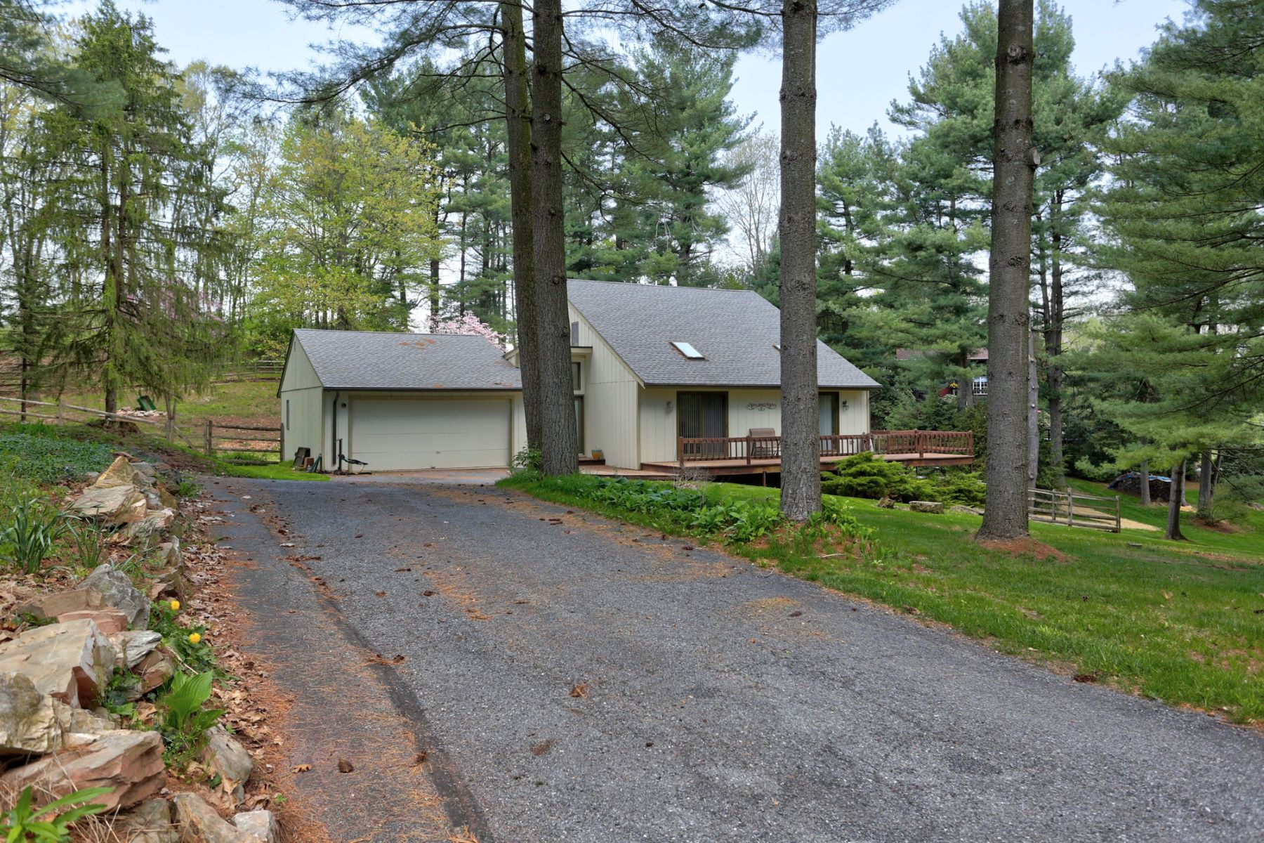 Additional photo for property listing at 3 Century Lane 3 Century Lane Newmanstown, Pennsylvania 17073 United States