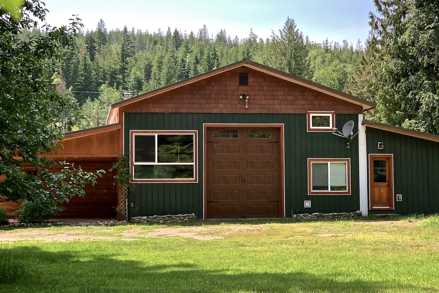 Single Family Homes for Sale at Serene Setting, Spring Creek, Acreage! 210 Shadow Valley Lane Clark Fork, Idaho 83811 United States