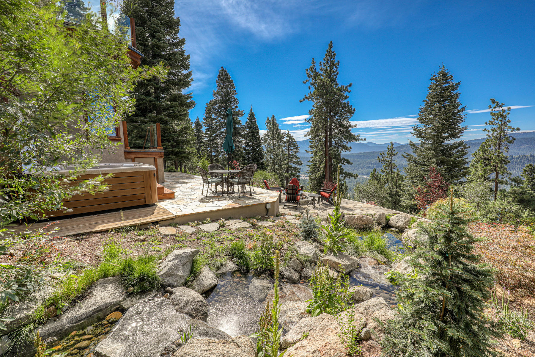 Additional photo for property listing at Spectacular Donner Lake views 12096 Skislope Way Truckee, California 96161 United States