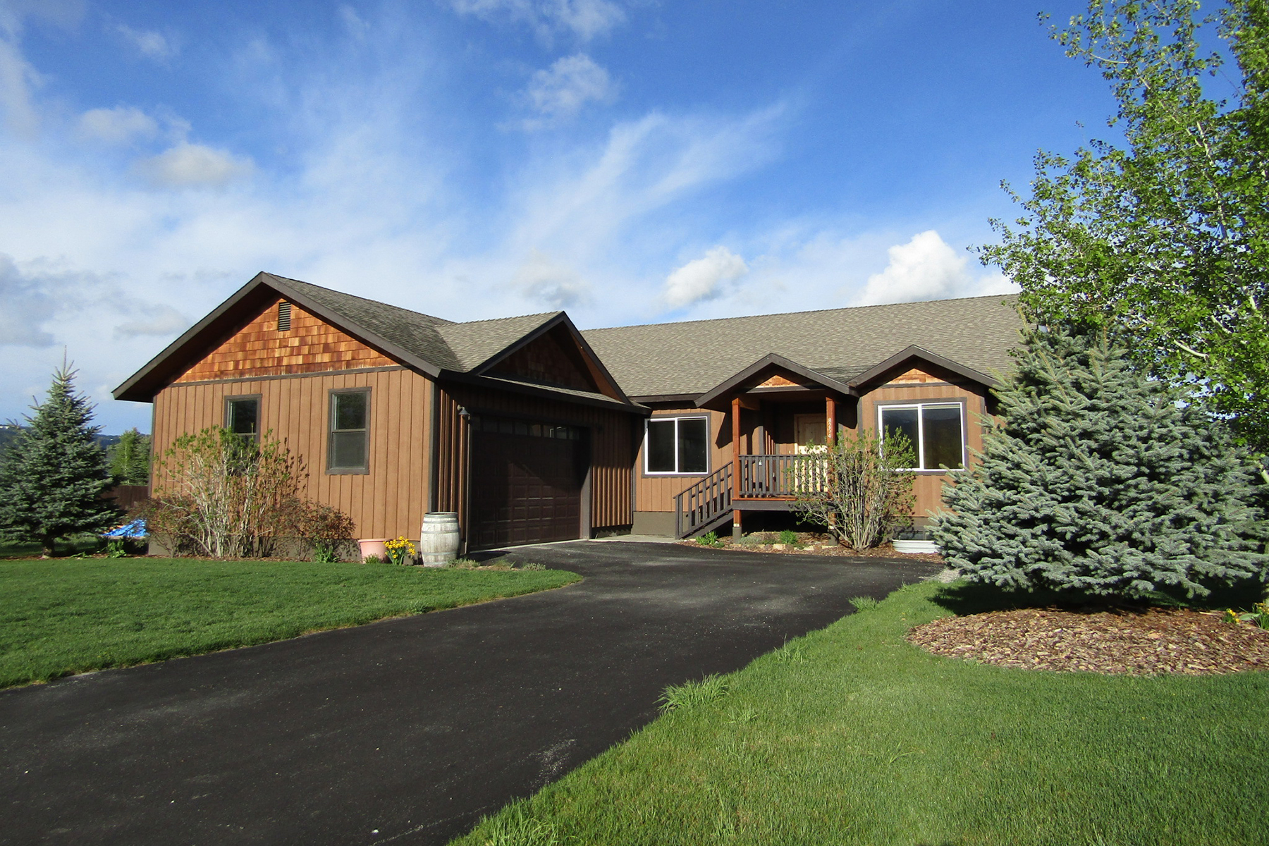 Single Family Home for Active at Brookside Hollow Gem in Victor 8254 Cutthroat Ln Victor, Idaho 83455 United States