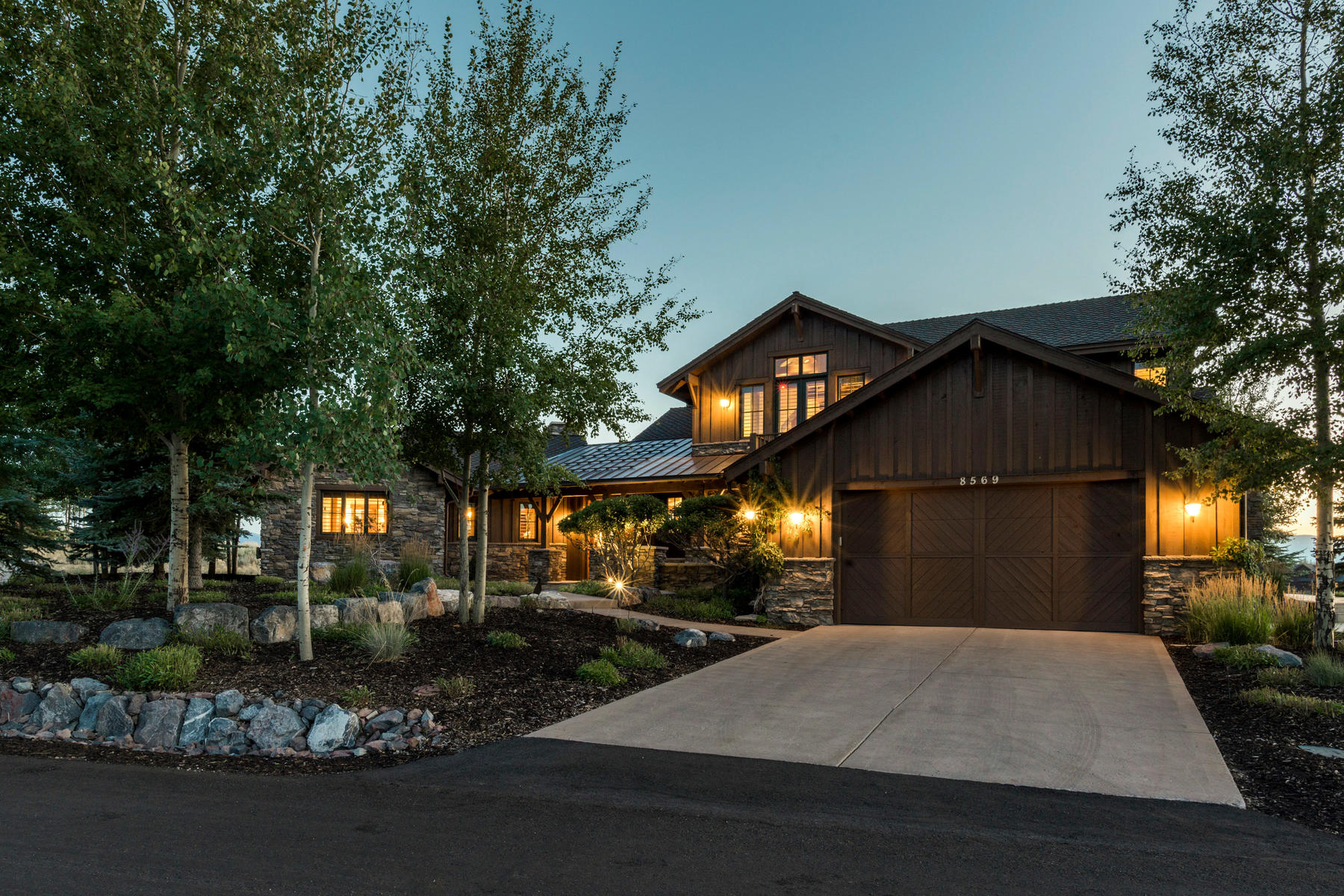 Villa per Vendita alle ore Gorgeous Modified Remington Golf Club Cabin on 9th Fairway 8569 Ranch Club Ct Park City, Utah, 84098 Stati Uniti