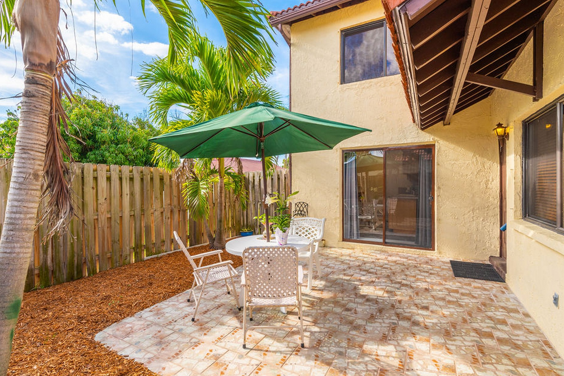 Townhome in River to Ocean Community 3186 Beach Winds Ct Melbourne Beach, Florida 32951 Hoa Kỳ