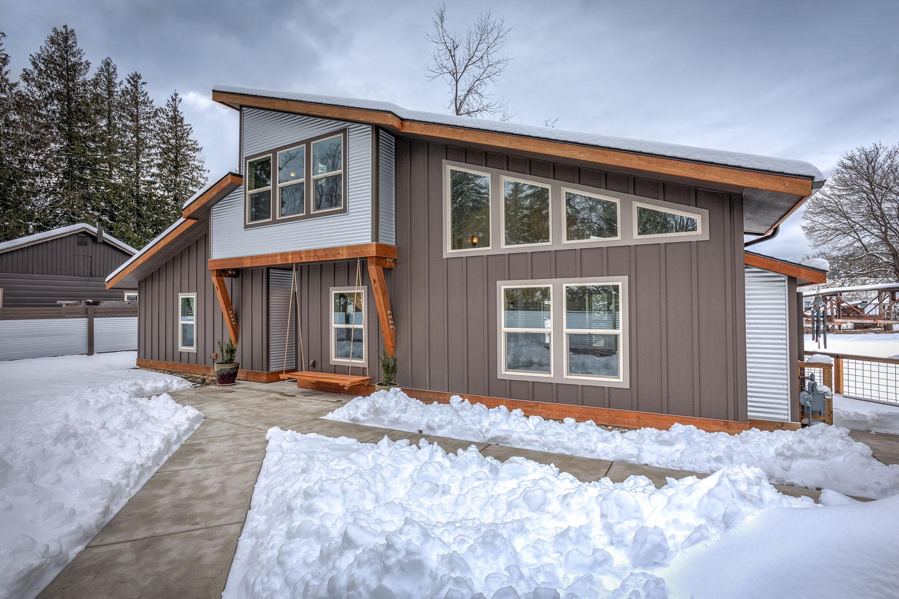 Частный односемейный дом для того Продажа на 210 3rd St., Dover 210 3rd Street, Dover, Айдахо, 83825 Соединенные Штаты