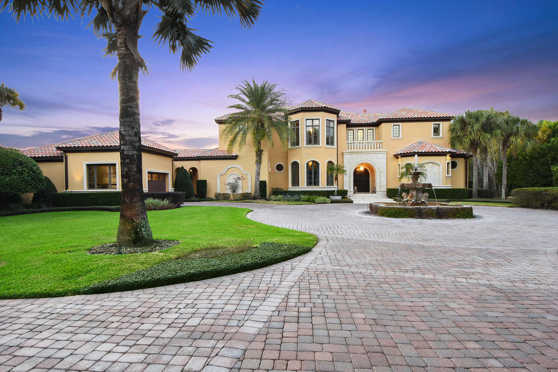 Single Family Homes for Sale at Windermere-Orlando 11103 Bridge House Rd Windermere, Florida 34786 United States