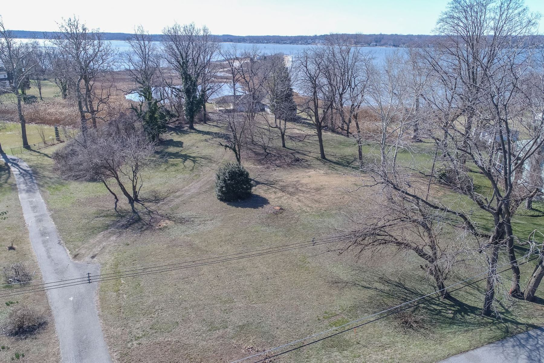 Additional photo for property listing at 766 Skywater Road, Gibson Island 766 Skywater Rd Gibson Island, Maryland 21056 United States