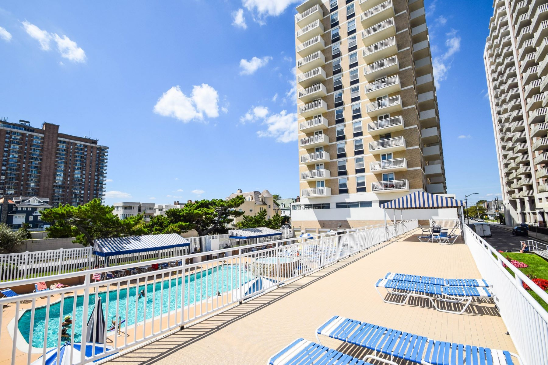 Condominiums for Sale at 101 S Plaza, Unit 504 101 S Plaza Unit 504 Atlantic City, New Jersey 08401 United States