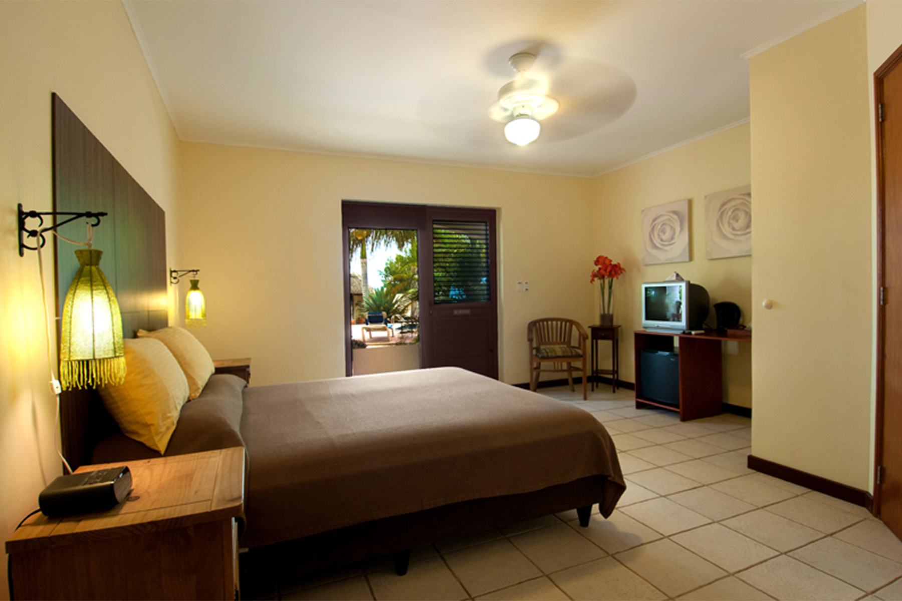 Additional photo for property listing at Sonrisa Hotel 克拉伦代,  博内尔
