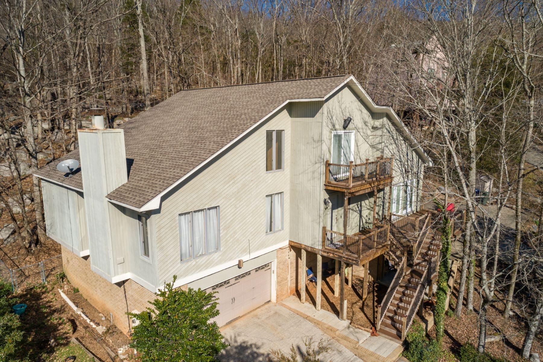 Single Family Homes para Venda às 1719 Drake Ave Huntsville, Alabama 35801 Estados Unidos