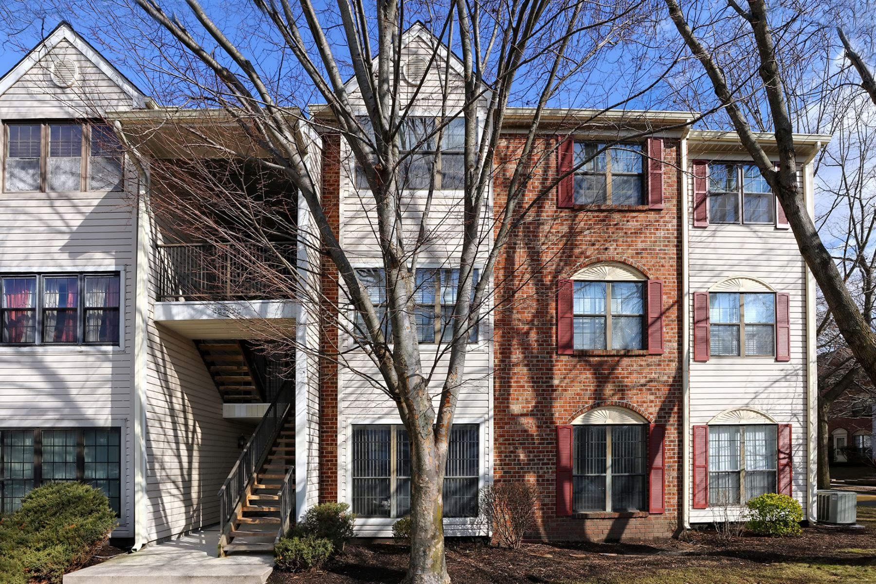 Townhouse for Sale at 2 Bedroom Standout in Lawrence Square Village 41 Feiler Court, Lawrenceville, New Jersey 08648 United StatesMunicipality: Lawrence Township