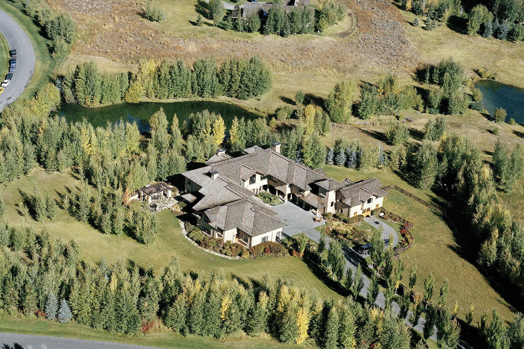 Maison unifamiliale pour l Vente à Lake Creek Estate 107 Lake Creek Rd Ketchum, Idaho, 83340 États-Unis