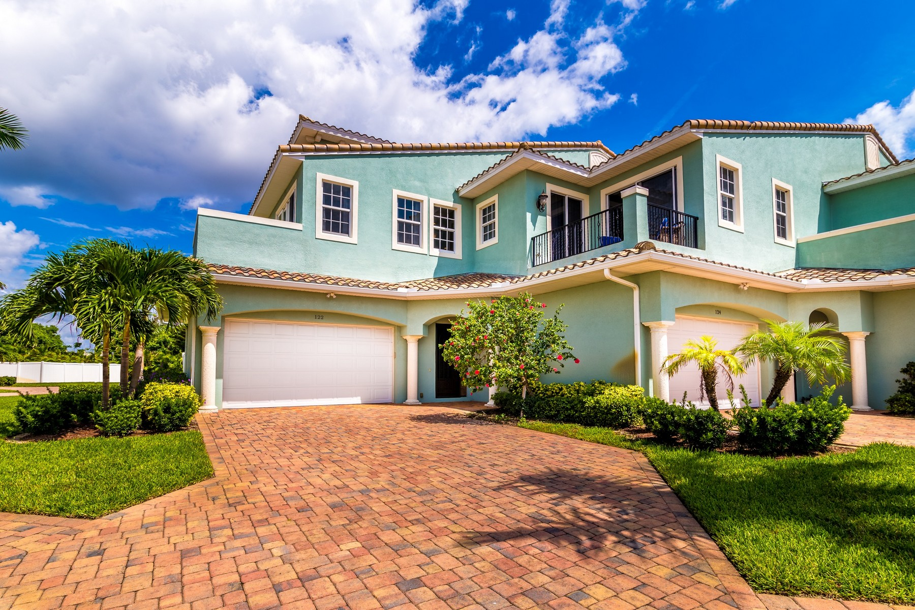 Single Family Home for Sale at Luxury Townhome in Fortebello 122 Mediterranean Way Satellite Beach, Florida 32937 United States