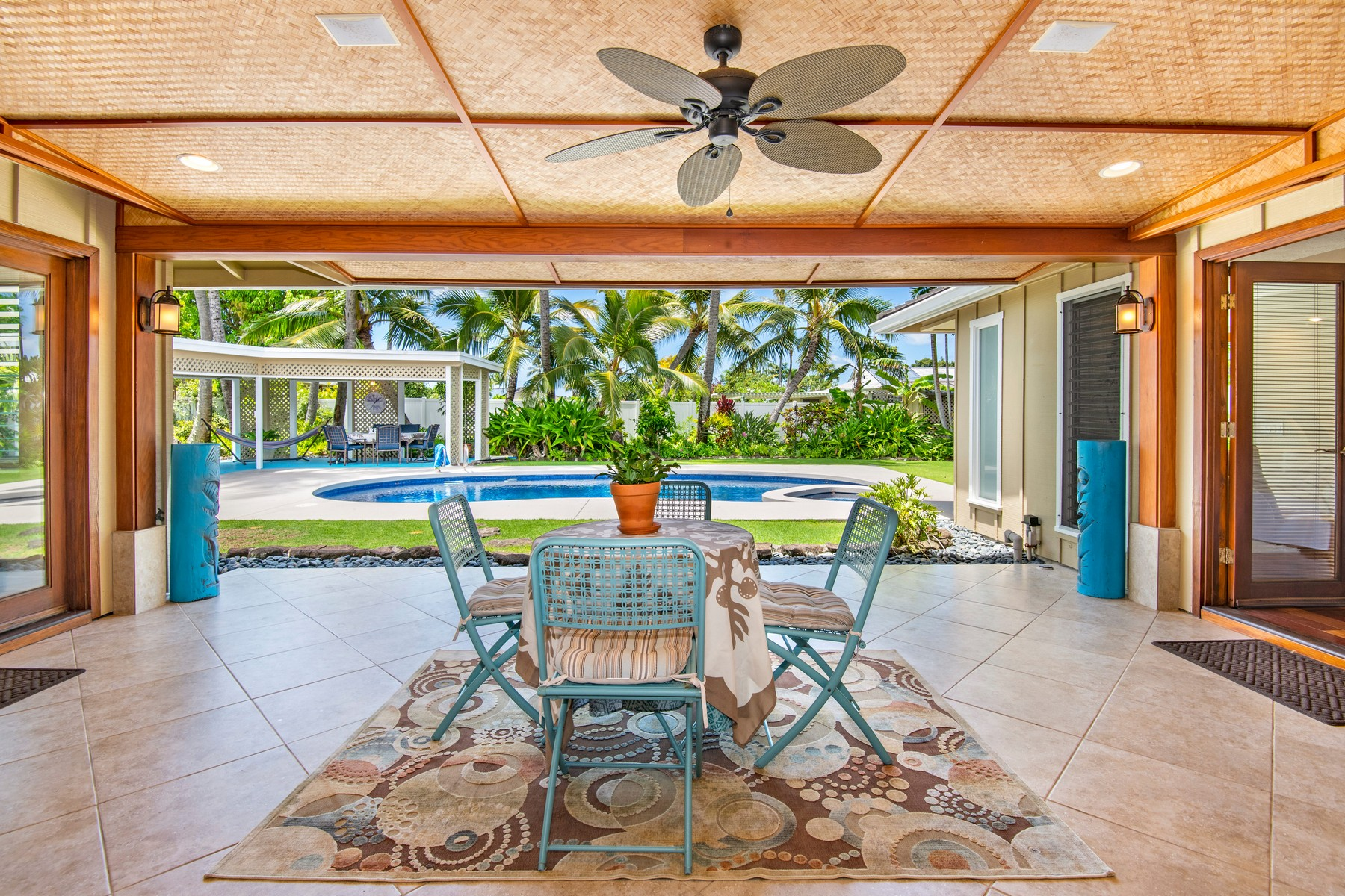 Single Family Homes for Active at Tropical Paradise 150 S. Kainalu Dr Kailua, Hawaii 96734 United States