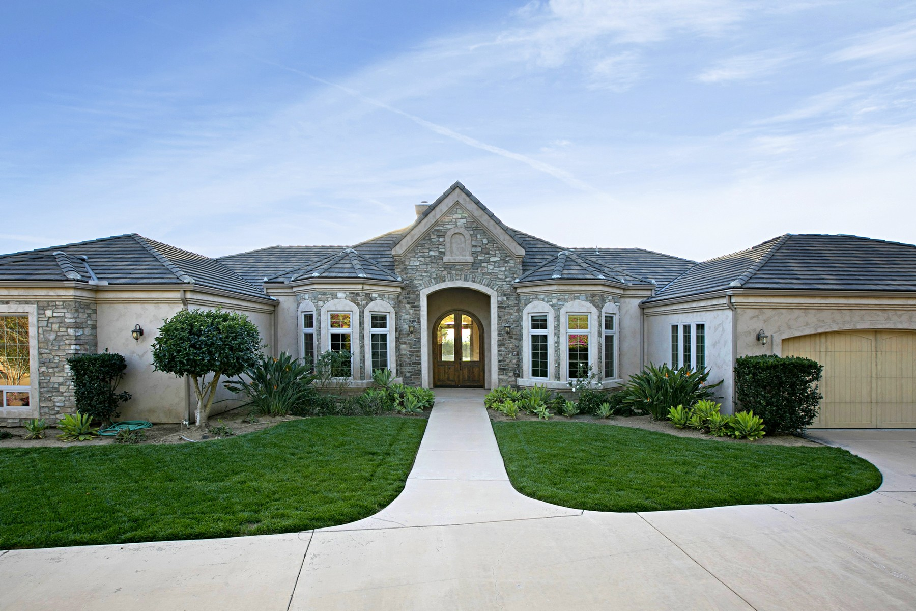 Single Family Home for Active at 15480 Eastvale 15480 Eastvale Road Poway, California 92064 United States