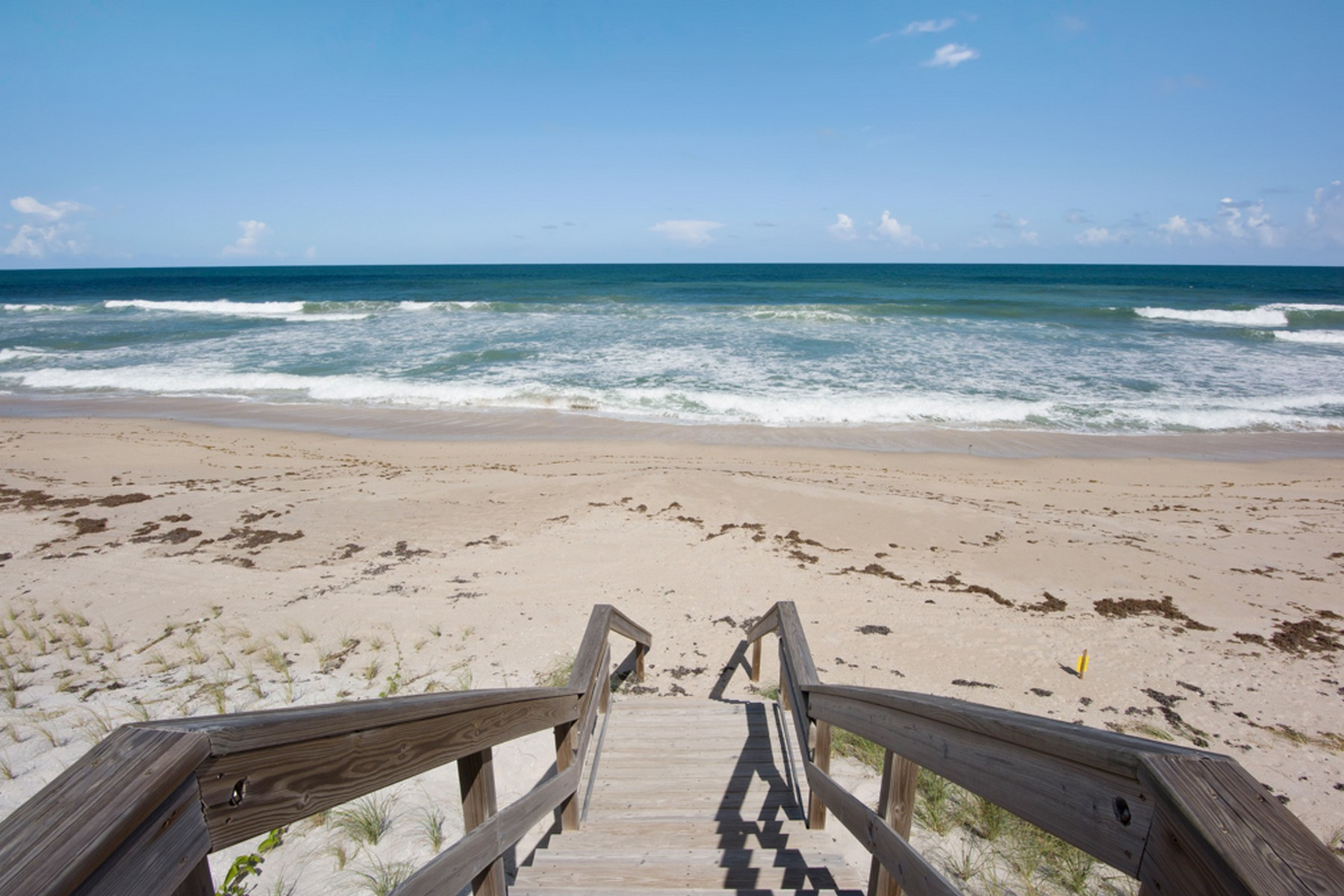 Additional photo for property listing at Contemporary Oceanfront Home 5285 S. Highway A1A Melbourne Beach, Florida 32951 Estados Unidos