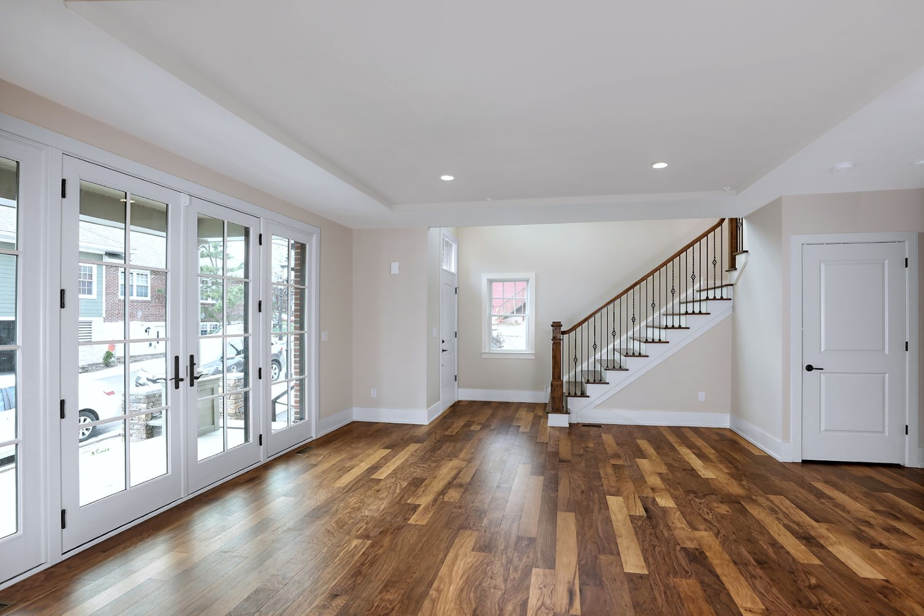 Additional photo for property listing at A Carefree Lifestyle and No Compromises 22 Riverwalk, Plainsboro, New Jersey 08536 United States