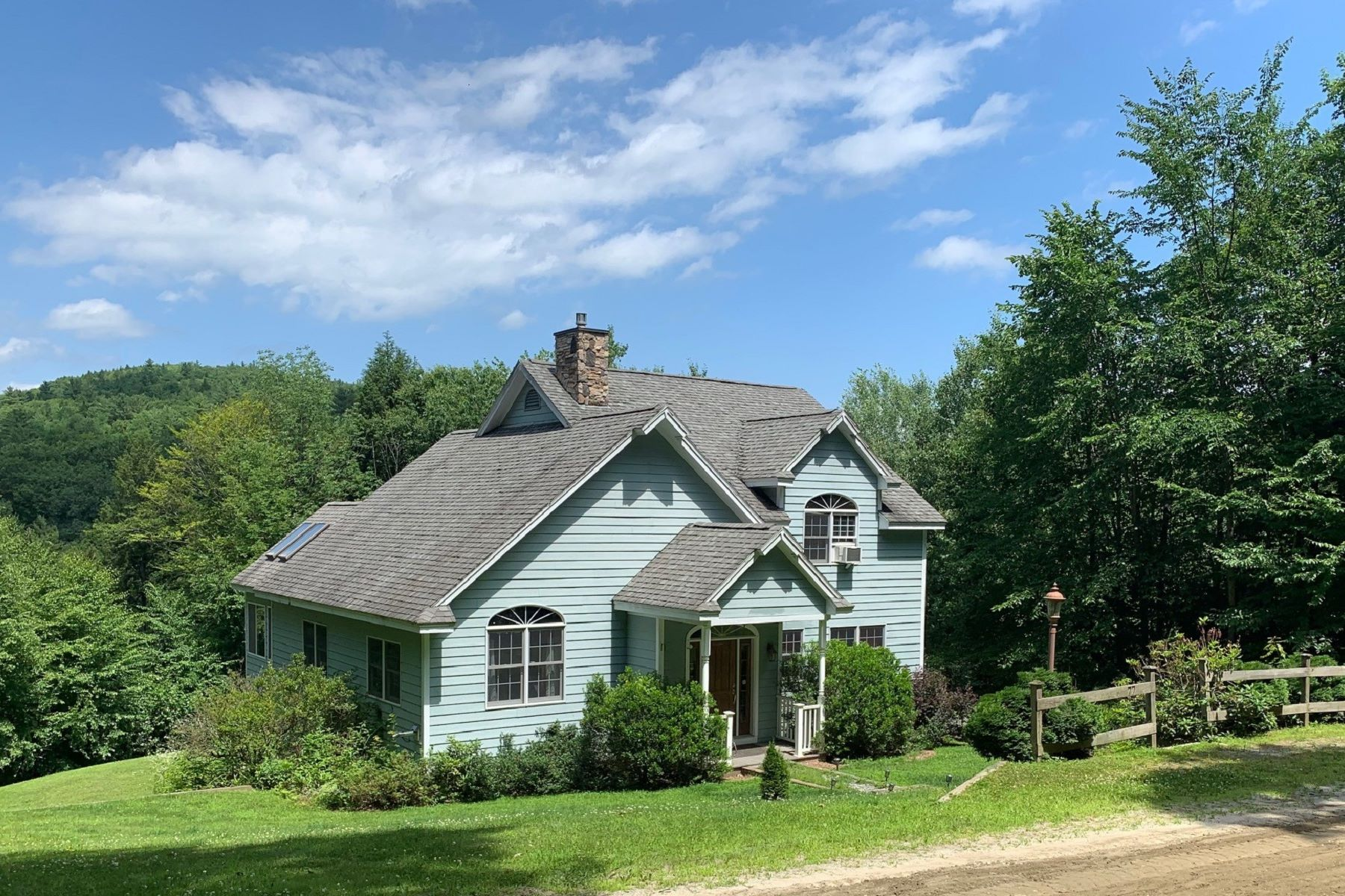 Single Family Homes für Verkauf beim Three Bedroom Contemporary in Cornish 77 Sunset Strip Rd, Cornish, New Hampshire 03745 Vereinigte Staaten