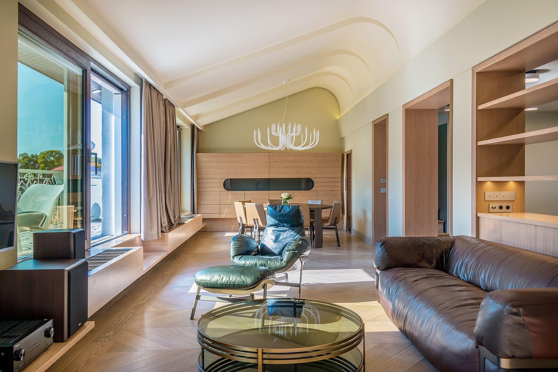 아파트 용 매매 에 Exclusive Apartment With A Terrace In The Heart Of Kaunas Kaunas, Kaunas County, 리투아니아