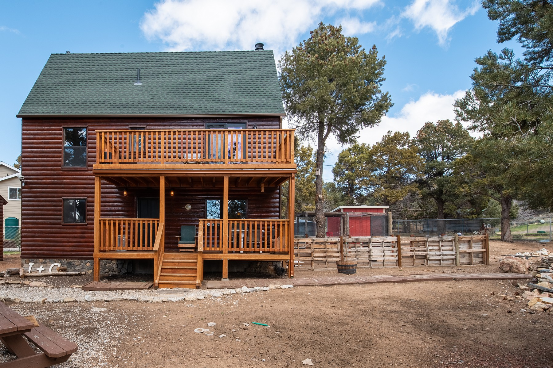 Single Family Homes for Active at 40 Silicon Lane, Big Bear City, California 92314 40 Silicon Lane Big Bear City, California 92314 United States
