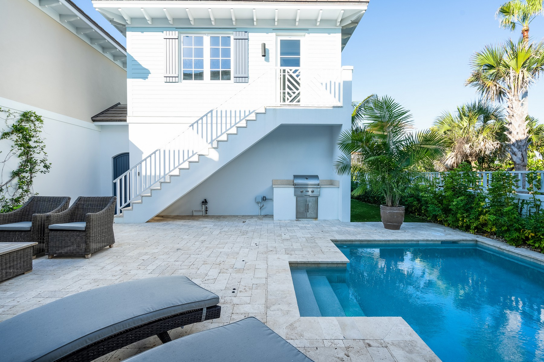 Additional photo for property listing at Luxurious Oceanfront Townhome 4798 Highway A1A Vero Beach, Florida 32963 United States