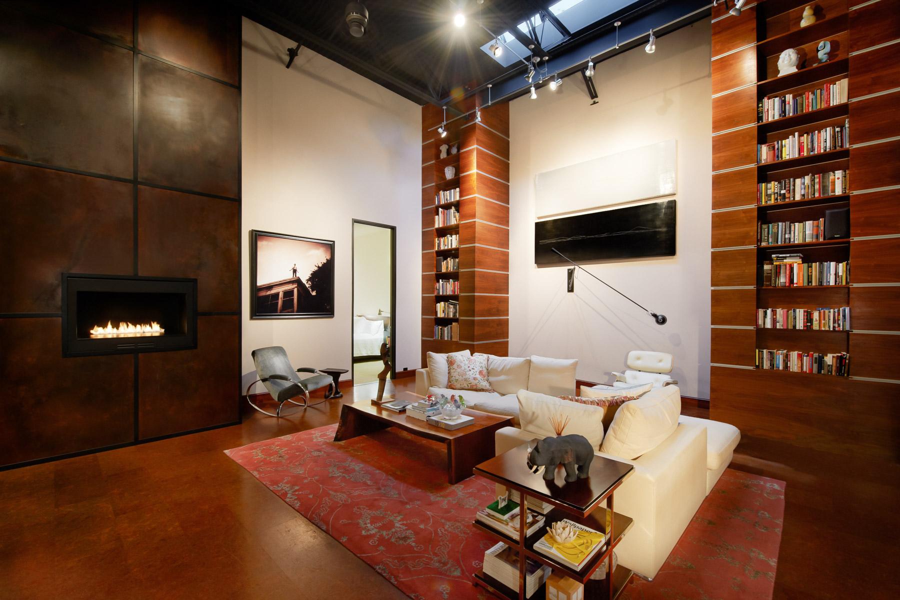 Частный односемейный дом для того Продажа на Live-Work-Play in the Dallas Design District 2278 Monitor Street, Dallas, Техас, 75207 Соединенные Штаты