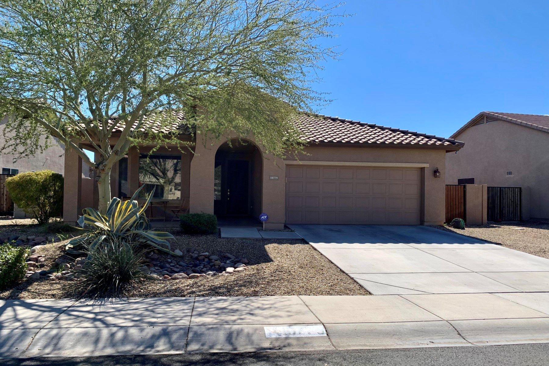 Single Family Homes for Sale at Roosevelt Park 10779 W WASHINGTON ST Avondale, Arizona 85323 United States