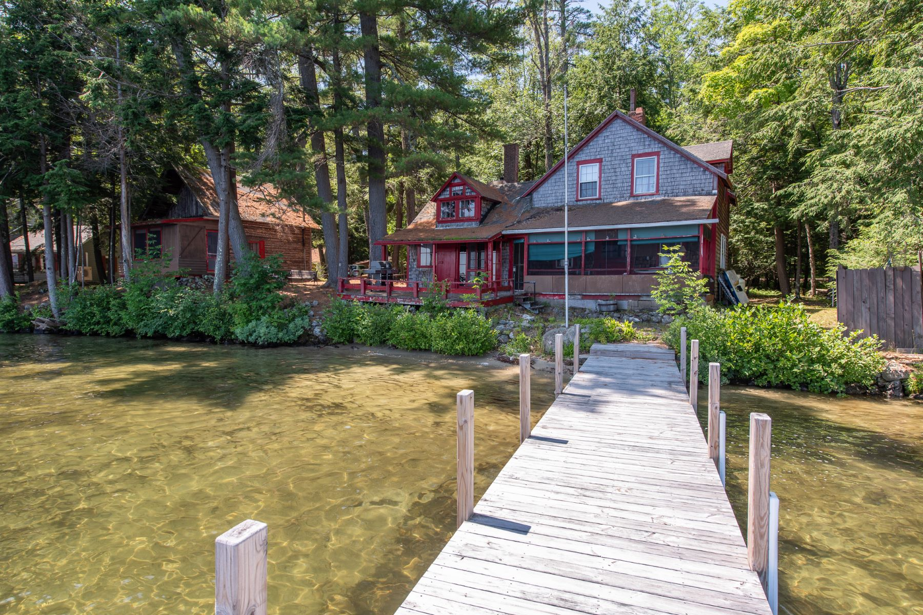 Single Family Homes для того Продажа на Winnipesaukee Meredith Waterfront 5 & 6 Lovejoy Ln, Meredith, Нью-Гэмпшир 03253 Соединенные Штаты