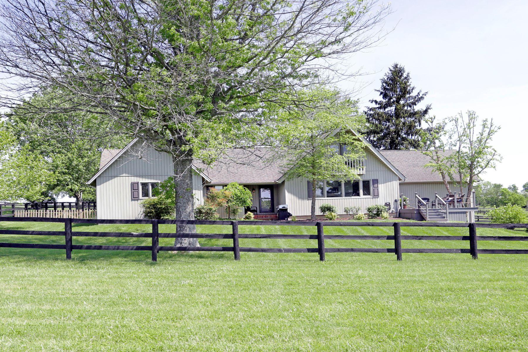 single family homes por un Venta en 140 Craigs Creek Versailles, Kentucky 40383 Estados Unidos