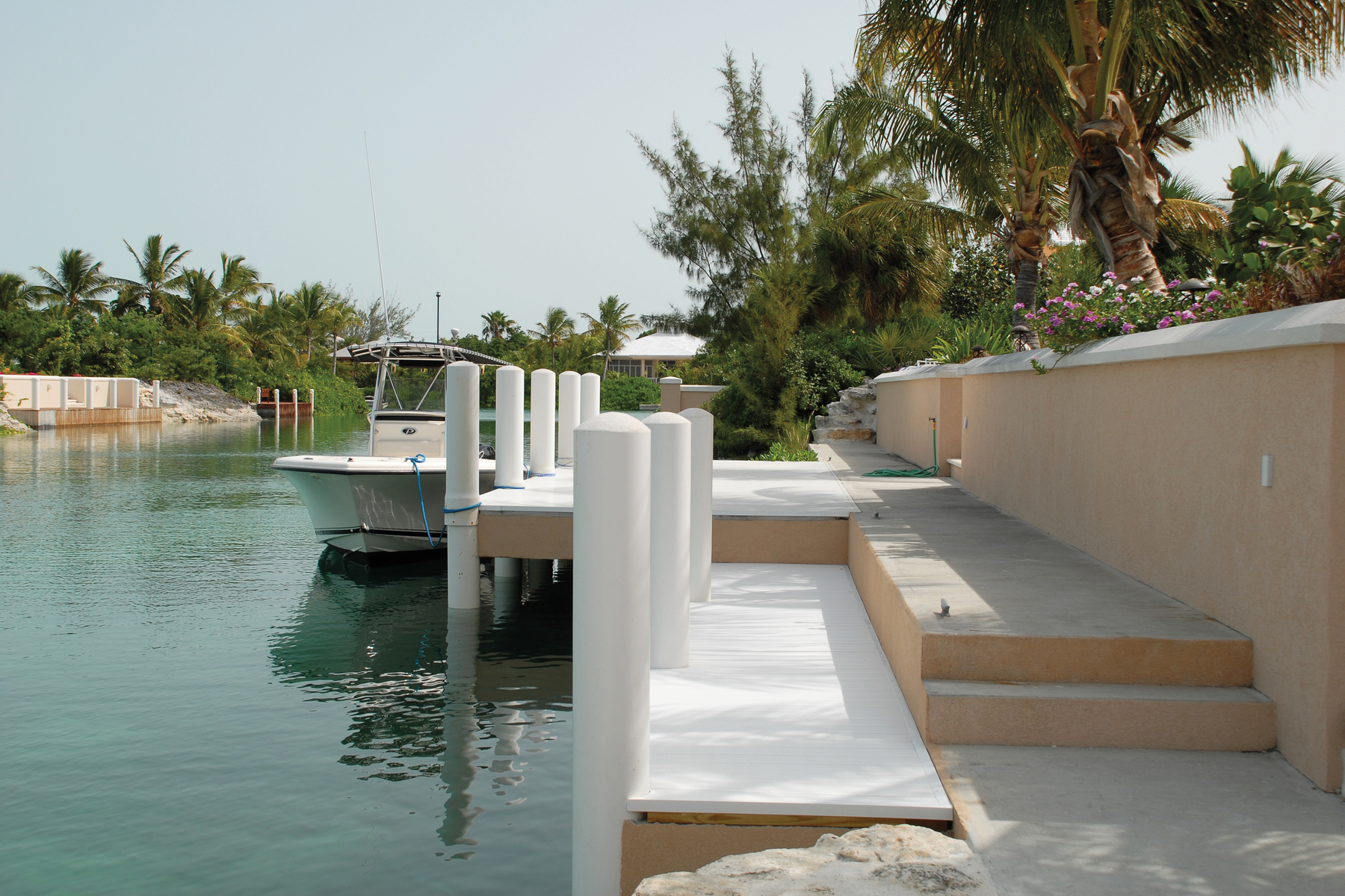 Additional photo for property listing at Pinta Court Leeward, Providenciales Islas Turcas Y Caicos