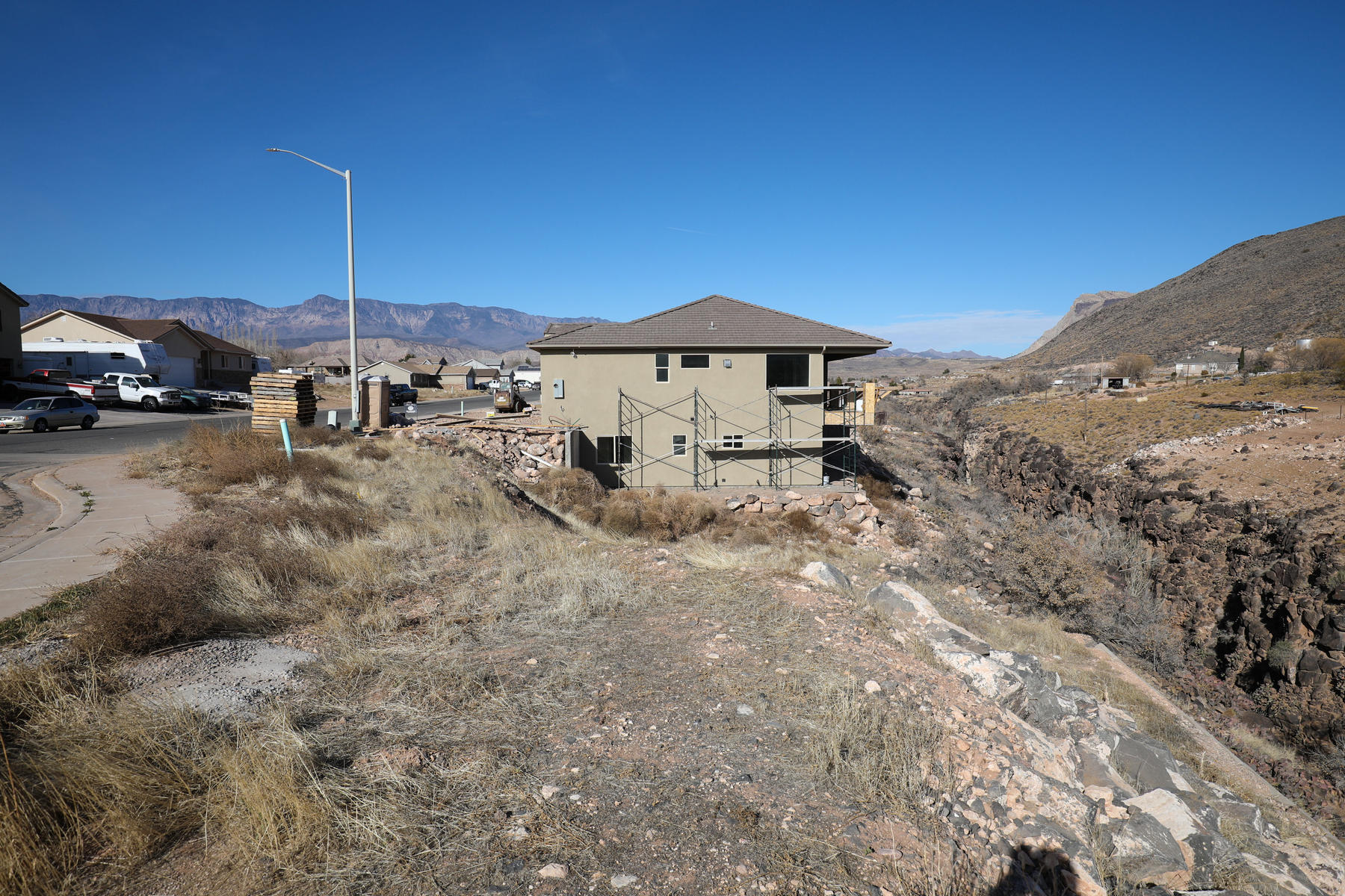 Land for Sale at Walkout Basement Lot on the River 815 S Peachtree Dr Toquerville, Utah 84774 United States