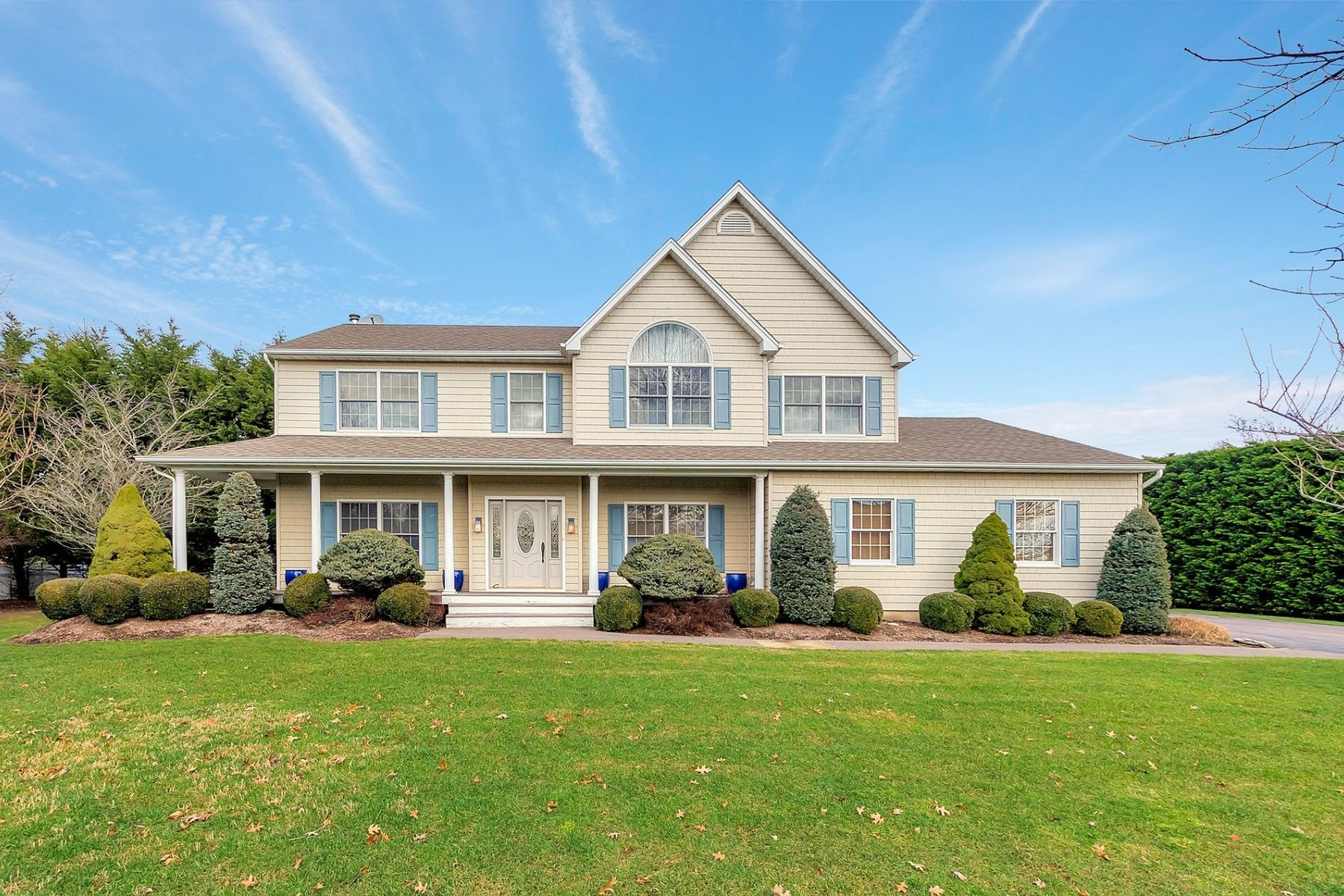 Single Family Home for Active at 805 Water Terrace, Southold, NY 11971 805 Water Terrace Terr Southold, New York 11971 United States