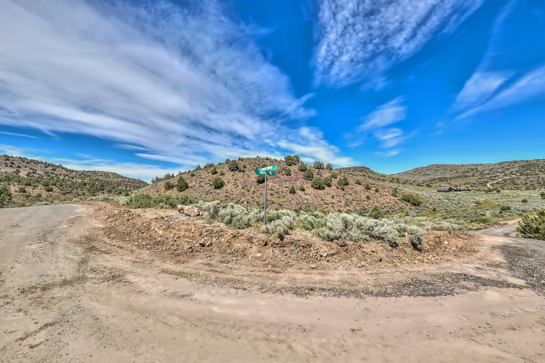 Additional photo for property listing at 2890 Lousetown Road, Reno, Nevada 89521 2890 Lousetown Road Reno, Nevada 89521 United States