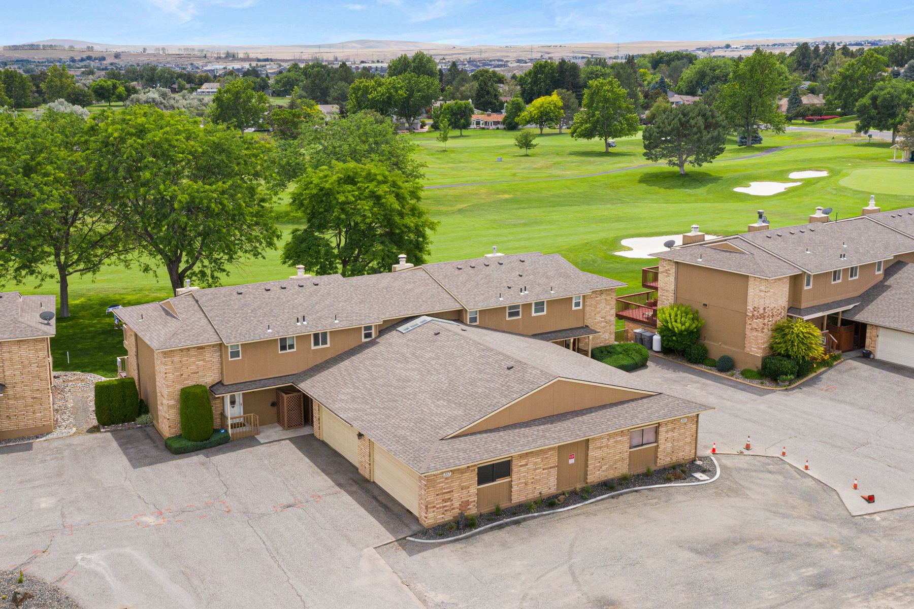townhouses for Sale at Golf Course Views 357 Greenbrook Place Richland, Washington 99352 United States
