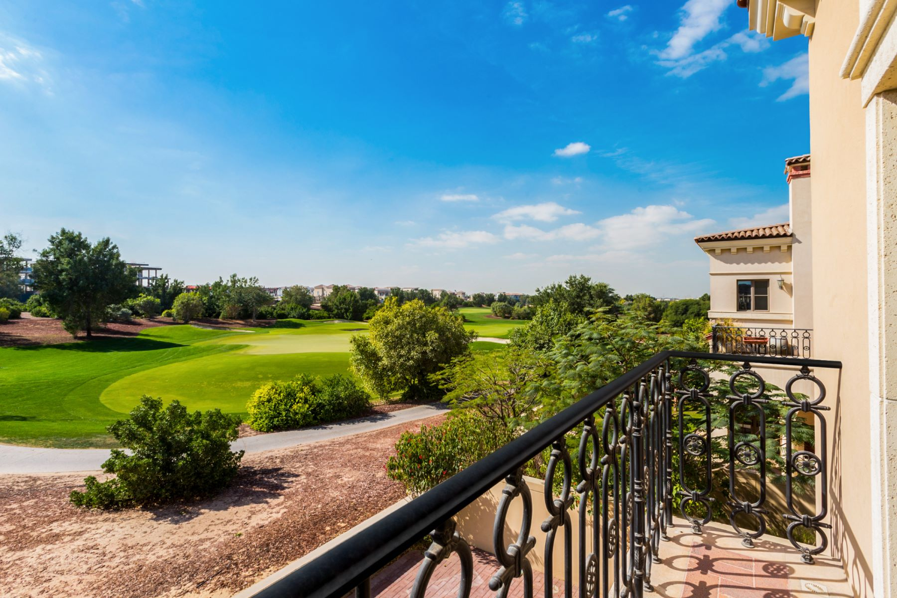 Single Family Home for Sale at Stand Alone Sawgrass Dubai, United Arab Emirates